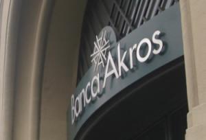 Banca_AkrosR375