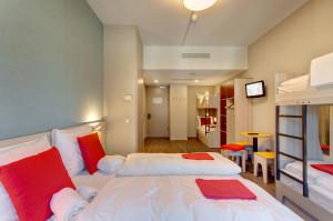 MEININGER Hotel Amsterdam 6Bed room