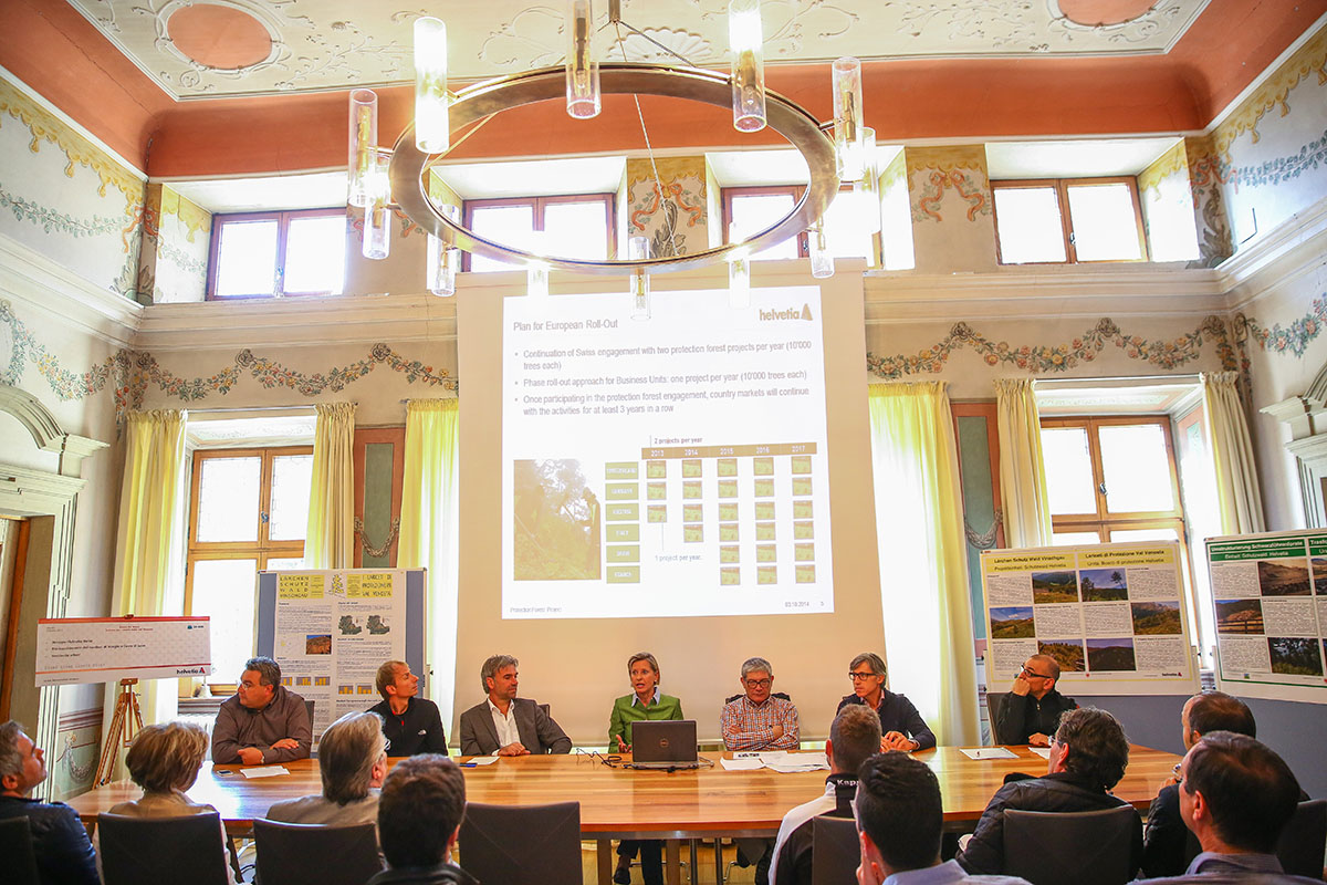 Helvetia finanzia il progetto Bosco di Protezione <br> a tutela del territorio della Val Venosta