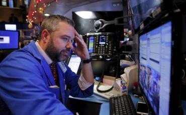 Mentre Apple brucia 52 mld Yahoo! taglia il 10% dei posti