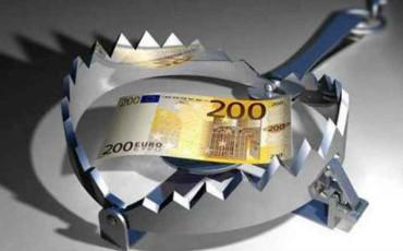 Banche: salgono al 25% gli interessi per aziende e famiglie