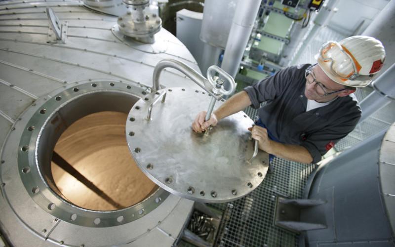 Chimica: innovazione al centro della ripartenza. +1% di produzione nel 2015