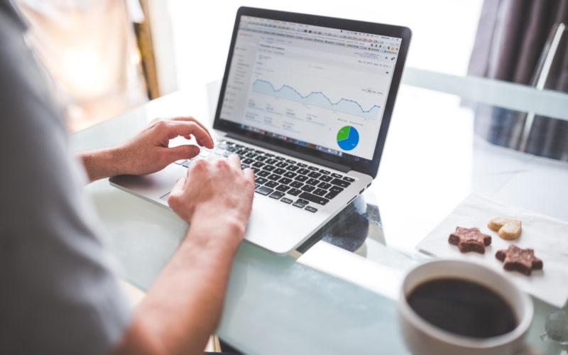 Ricerche e analisi di mercato aiutano la strategia di marketing del tuo negozio online