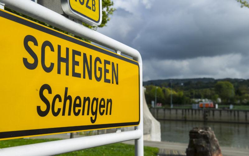 Schengen: gli effetti sull'economia se si abolisse il trattato