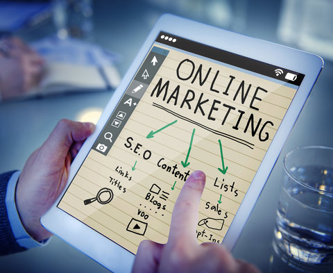 Come si cammina sulle sabbie mobili del web marketing?