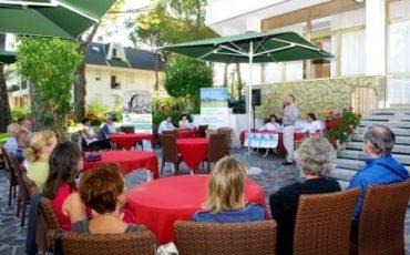 Economia sotto l'ombrellone ritorna a Lignano dal 17 agosto