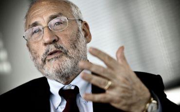 Joseph Stiglitz: l'Italia? Meglio se resta fuori dall'euro