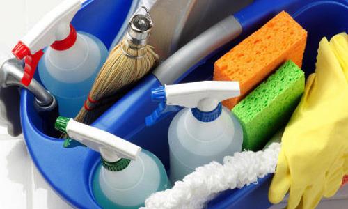 Puliamo di meno. Cala il consumo dei detergenti