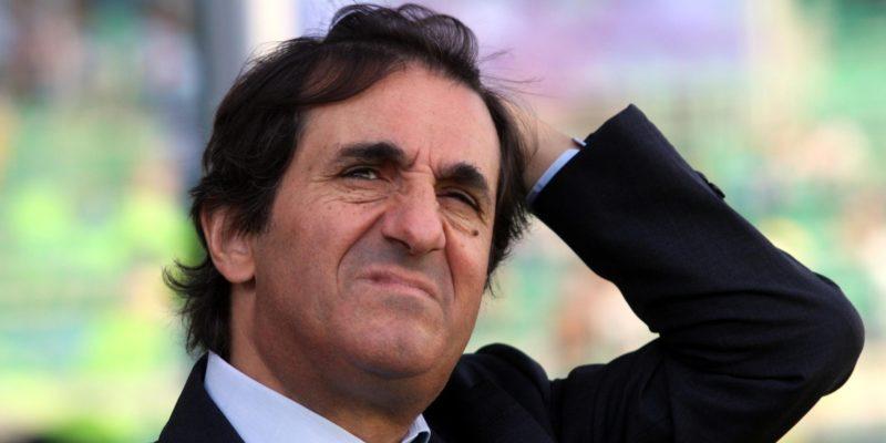 Il presidente del Torino, Urbano Cairo, allo stadio Renzo Barbera di Palermo durante la partita di serie A, 21 ottobre 2012.    ANSA/CORRADO LANNINO