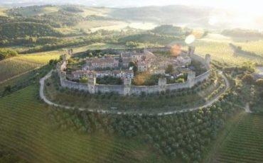 Singapore a caccia di castelli, ville e dimore italiani
