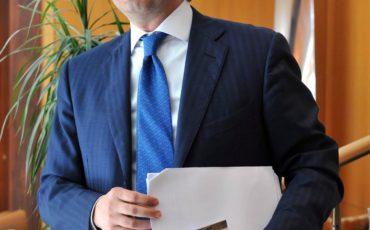 Intesa Sanpaolo approva relazione semestrale al 30 giugno