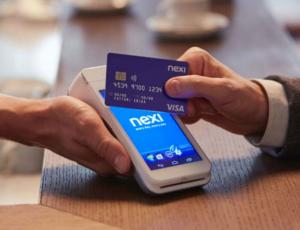 Pagamenti con carte e contactless: crescita esponenziale