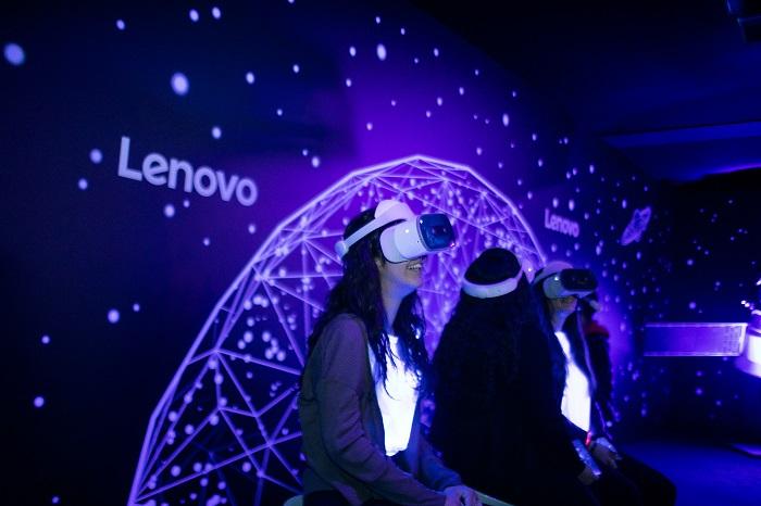 Lenovo ci porta #DaLeonardoAlloSpazio
