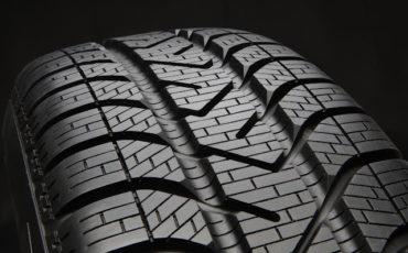 Come acquistare online pneumatici estivi a prezzi vantaggiosi