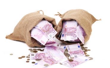 Consumi: 24 milioni di italiani hanno ridotte le spese di 625 euro in 12 mesi