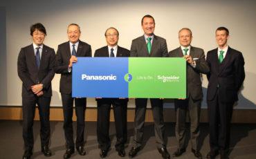 Schneider Electric diventa partner di Panasonic