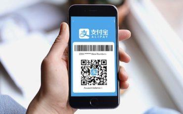 I cinesi spendono 6 mila dollari a testa per acquisti all'estero