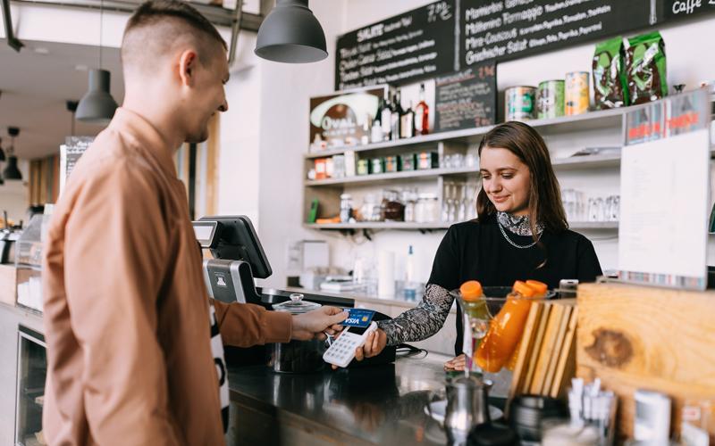 SumUp semplifica i pagamenti con carte, Apple Pay e Google Pay