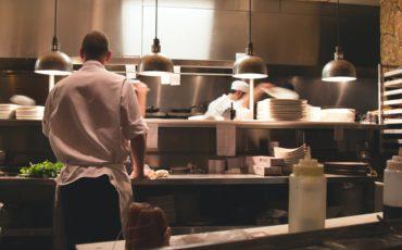 Maxima Kitchen Equipment sostiene i professionisti della cucina