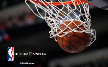 Intesa Sanpaolo official partner della NBA